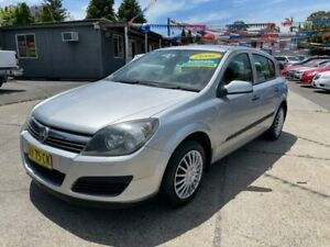 2006 Holden Astra AH MY07 CD Silver 4 Speed Automatic Hatchback Lansvale Liverpool Area Preview