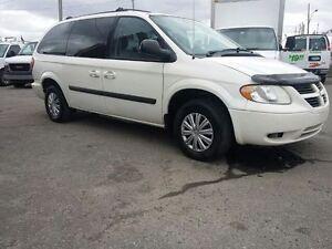 2006 Dodge Caravan GRAND CARAVAN STOW @ GO Minivan, Van