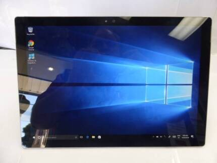 MICRSOFT SURFACE PRO 4 TABLET - GOOD CONDITION - BARGAIN!