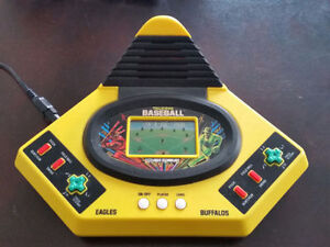 Vintage Vtech Play by Play Baseball Game