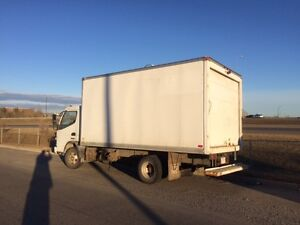 2007 Sterling Cabover 14' Box