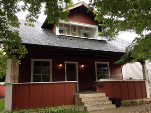Home for rent in Moose Jaw