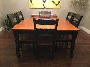Dining Room Suite - Excellent Condition