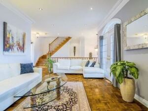 VAUGHAN GORGEOUS HOUSE FOR SALE   3 BEDROOMS 3 WASHROOMS