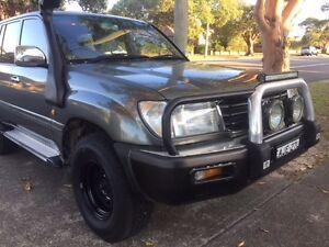 2000 Toyota LandCruiser GXL 4x4 automatic petrol/ Gas Wagon Sandgate Newcastle Area Preview
