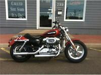 2011 Harley Davidson XL1200C - ONLY 9700 KMS