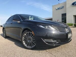 2013 Lincoln MKZ AWD 3.7L V6 with Panoramic Roof and Navigation