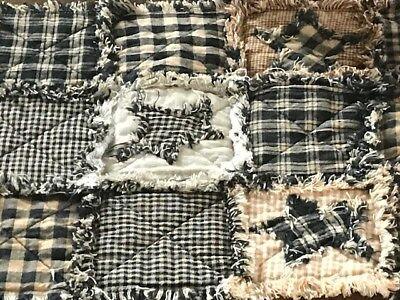 NEW Homespun PriMiTivE Rag Quilt Table Runner Black Tan Patchwork Stars Centerpc