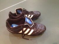Adidas football shoes for child size 6 NEW