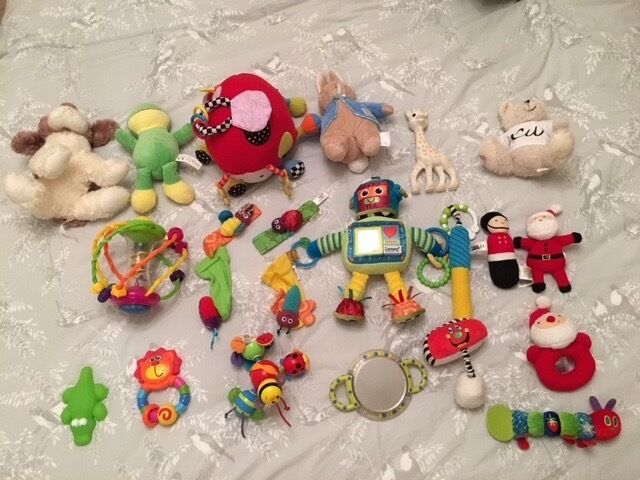 Baby toys stocking filler bundle inc. Lamaze, Musical Bug and Sophie the Giraffe