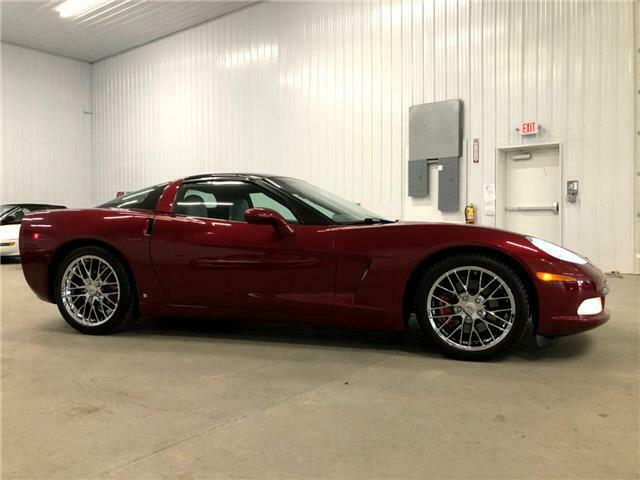 2006 Burgundy Chevrolet Corvette Coupe  | C6 Corvette Photo 3