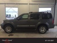 2008 Nissan Pathfinder LE V8 7 Pass *Tow in Comfort and Style *