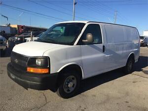 2008 GMC Savana 3500 Minivan, Van