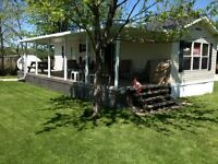 Move in ready, like new, 3 bedroom 14' wide, Manufactured home