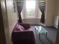 Flat Central Guildford with garden and parking
