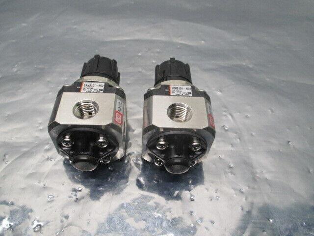 2 SMC SRH3101-N02 Regulator, 0.01-0.2 MPa, 100495