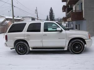 2003 CADDILAC ESCALADE