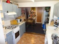 Gorgeous One Bedroom Flat With Garden In South Croydon. Water Rates Included