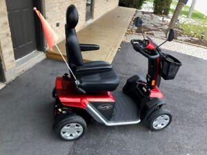 Scooter / Quadriporteur Pride Pursuit XL