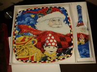Christmas Cake Plate with Server