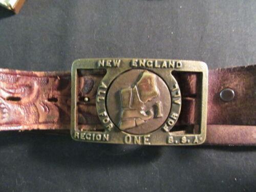 New England Region 1 Max Silber Belt Buckle    TH5