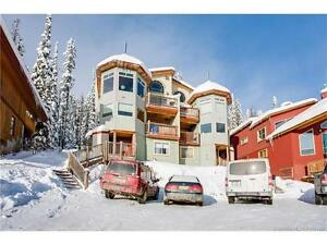 3 Bedroom, Plus Den and Loft Chalet in Big White for Summer