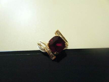 Ruby and Diamond 9ct Gold Ring Manjimup Manjimup Area Preview