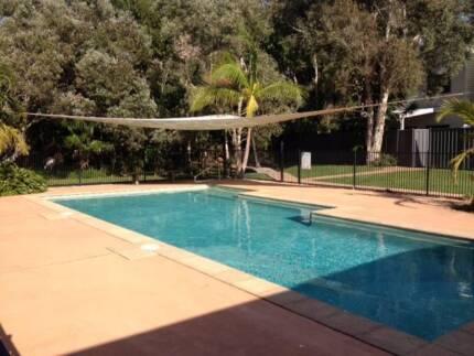 Bargain!! Lovely Byron home w/ pool $1200/week summer holidays!