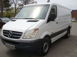 2007 Dodge Sprinter 2500 Minivan, Van