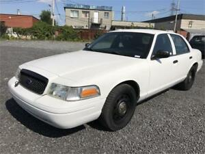 2011 CROWN VICTORIA POLICE PACK GAR 1 AN FINANCEMENT $0 DEPOT