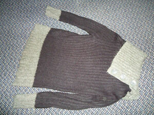 Ladies Size Small Acrylic Black and Grey Sweater Kingston Kingston Area image 1