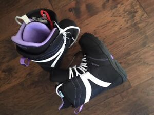 Snowboard Boots - girls size 6