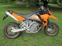KTM 950 SUPERMOTO LC8 MOTORCYCLE
