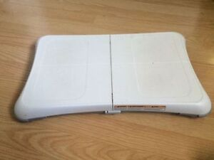 2 Wii balance board for sale in good working condition