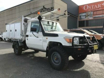 2009 Toyota Landcruiser VDJ79R Workmate (4x4) White 5 Speed Manual Cab Chassis Revesby Bankstown Area Preview