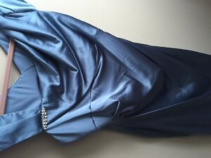 size 8 fitted dress stretch satin blue pewter color never worn