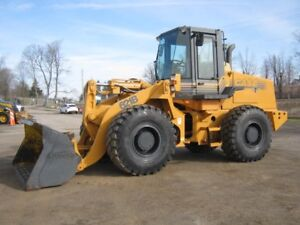 Case 621B Wheel Loader