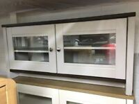 WALNUT/GREY VENEER 2 GLASS DOORS 2 SHELVES TV UNIT