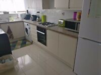 **NEW PRICE** Lovely single room with double bed