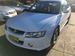 2004 Holden Commodore VZ SV6 White 5 Speed Auto Active Select Sedan Islington Newcastle Area Preview