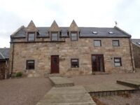 4 Bedroom House (Modern Steading Conversion) with large private garden