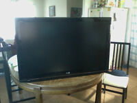 "42"" LCD LG FLAT SCREEN TV"