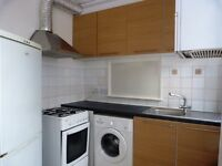 2 bedroom garden flat near Dollis Hill Tube Station, 24h busses & local amenities