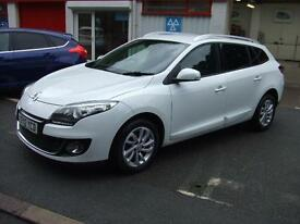 2012 Renault Megane 1.6dCi 130bhp s/s Dynamique Tom Tom 5 Door Estate Diesel Car