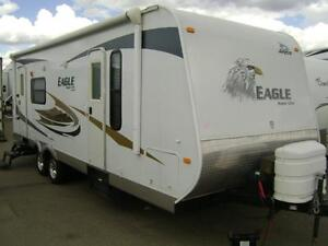 Jayco Eagle 25 foot couples trailer with slide  and hardwall