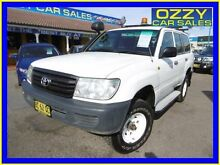 2006 Toyota Landcruiser HZJ105R Upgrade (4x4) White 5 Speed Manual 4x4 Wagon Penrith Penrith Area Preview