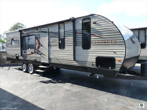 Forest River Cherokee 27ft Camper Roulotte