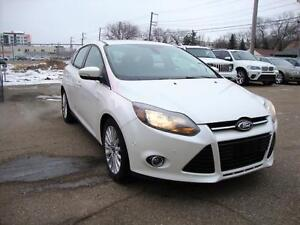 2012 Ford Focus Titanium w/ Nav/Self Park/R.Camera/Bluetooth