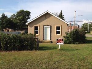 Battleford House For Rent