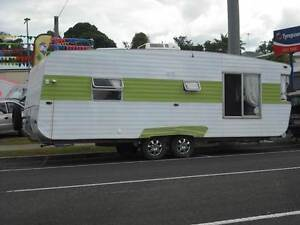 VISCOUNT SUPREME  23 FOOT TANDEM  FOR SALE SUNSHINE COAST Woombye Maroochydore Area Preview